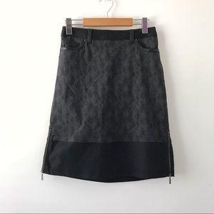 🍂 San Francisco Women Gray Mid Skirt 🍂